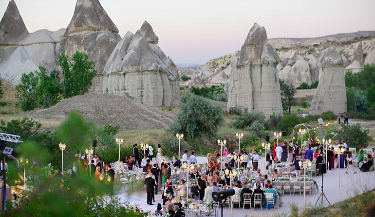 Kapadokya Aşk Vadisi Düğün Organizasyonu
